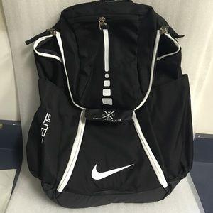 Nike Elite 2.0 Quad Zip System Backpack